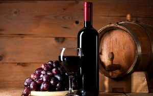 Red-wine-foods-that-damage-teeth-Etobicoke-Dentist